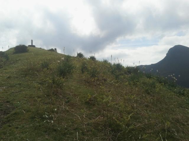 Bajando de la cima del Aguilatos