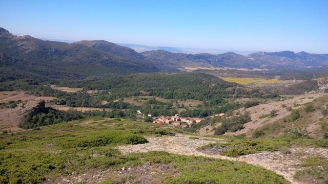 Cubilla desde la bajada del Pico Flor